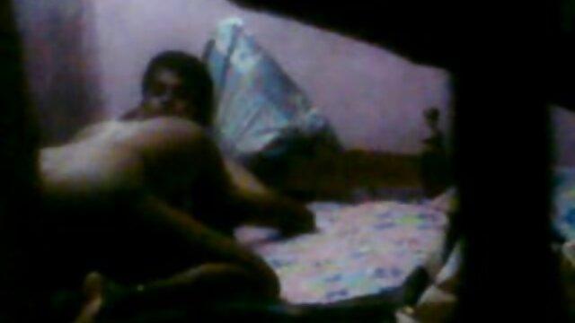 वह सेक्सी फिल्म फुल एचडी वीडियो हिंदी प्यार करता है मुर्गा Cumshot